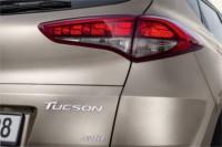 foto: Hyundai-Tucson-2015-Exterior trasera piloto [1280x768].jpg